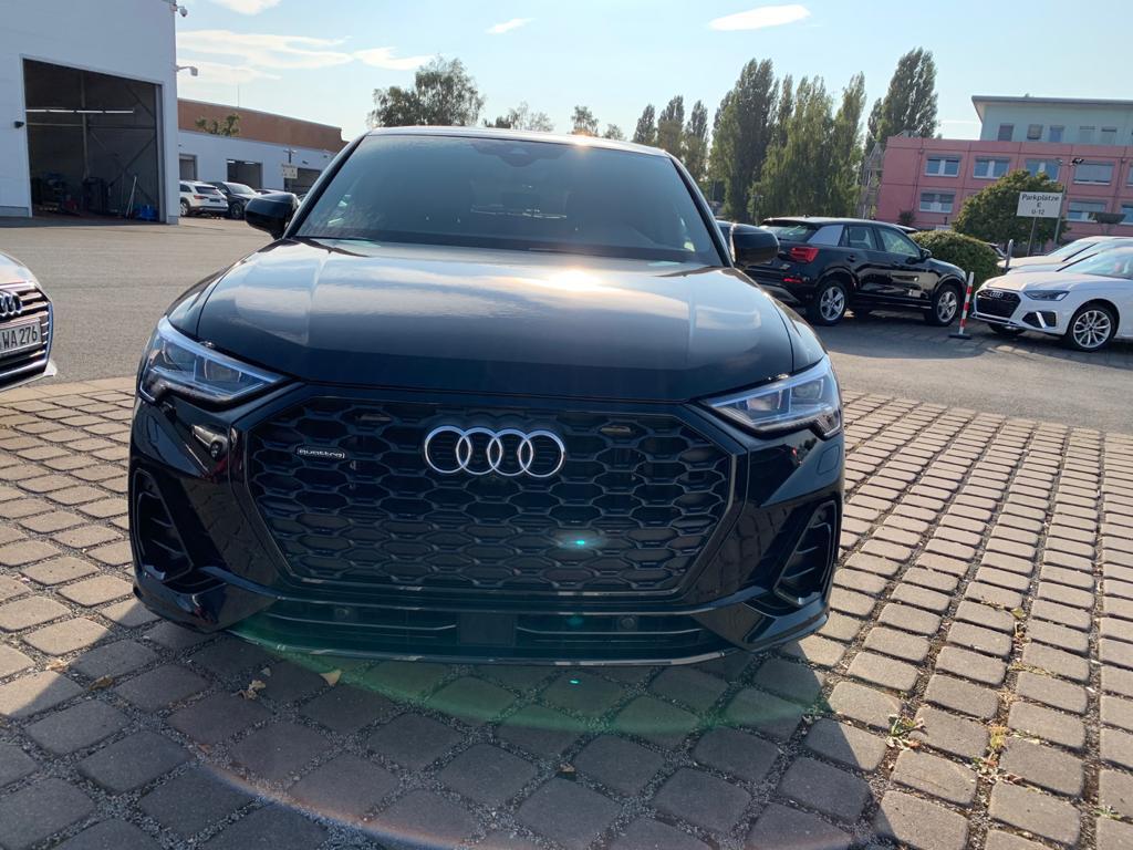 Audi Q3 sport back